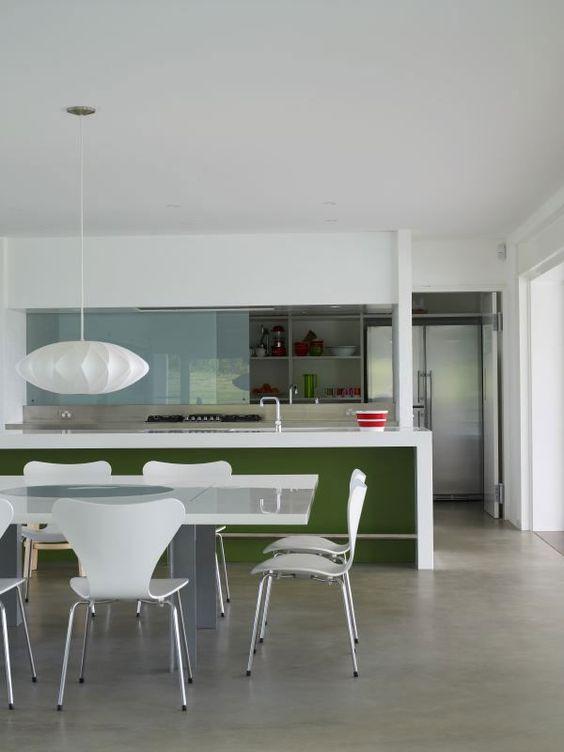 The house of architect Sharon Fraser in Australia. Photo Richard Powers.