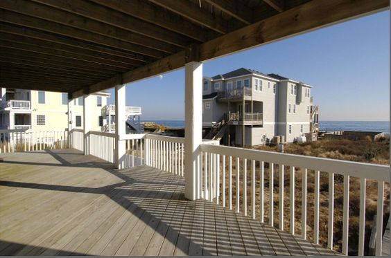 #165Abuffellhead #duck #outerbanksrealestate #outerbanks #homedecor #beachouse #decking #view