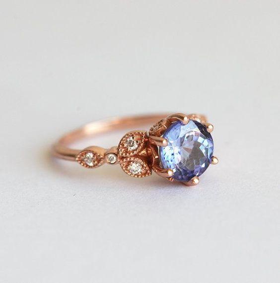 Танзанит годежни пръстен Флорален годежни пръстен лист от капуцин