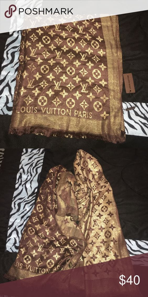 Designer cashmere scarf in brown and gold NWT Designer cashmere scarf in brown and gold NWT Accessories Scarves & Wraps