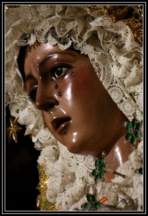 https://flic.kr/p/FjF5Lv | María Santísima de la Esperanza Macarena