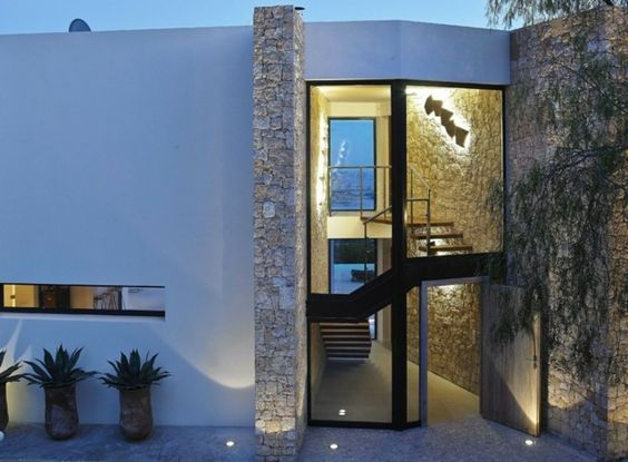 Fassadengestaltung einfamilienhaus weiß  Einfamilienhaus Spanien moderne Ziegelwände weiß | Projekty na ...