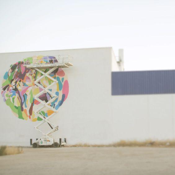"Mural ""El beso"". http://www.elartistaylaprincesa.com/"