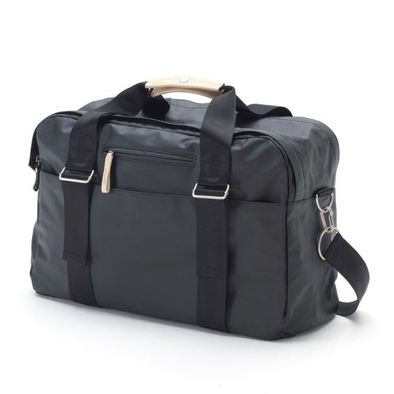 Another cool weekender option. Lots of outside pockets. Converts to backpack.