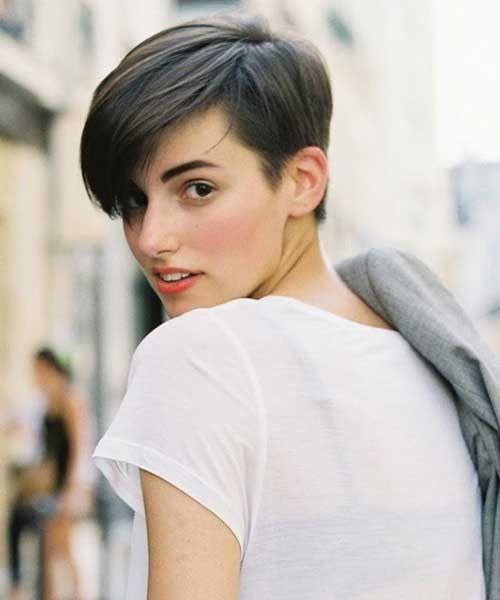 Elegant short dark layered hairstyles for girls 2016