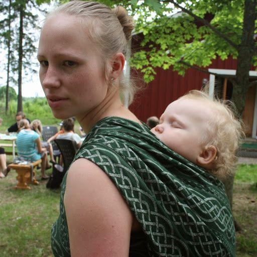 Minä, sinä ja hän: Miksi kannan lastani?