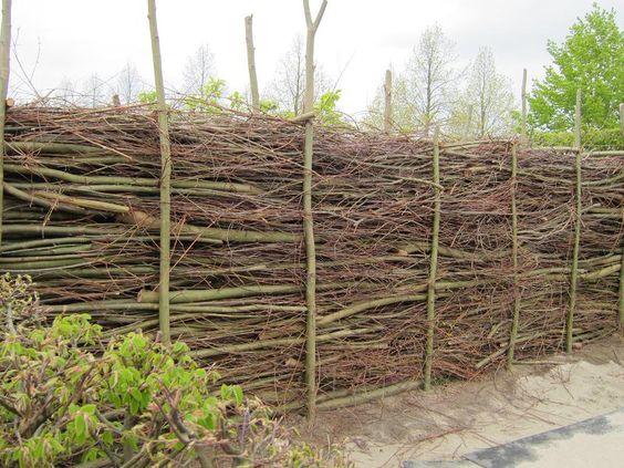 totholz totholz hecken waende zaeune pergolen aus. Black Bedroom Furniture Sets. Home Design Ideas