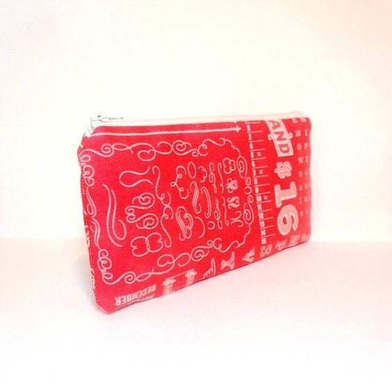 Small Zipper Pouch Small Wallet Cosmetic by handjstarcreations, $9.50