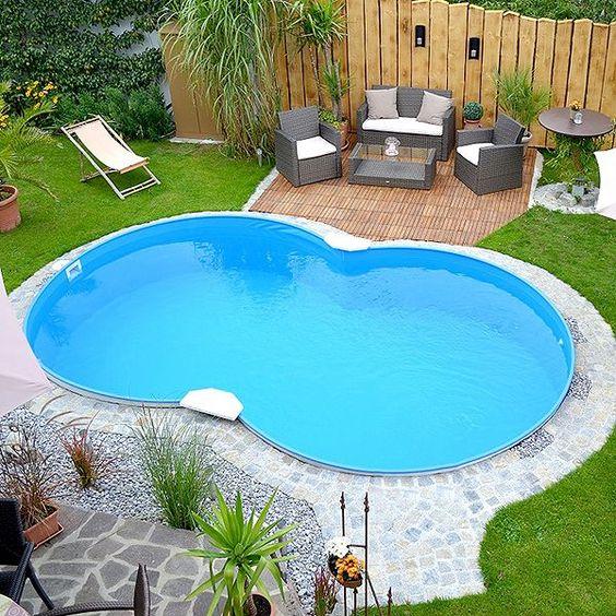 Spectacular swimmingpool eigenen garten naturstein rand rasenflaeche deko Pinterest Garten Small pools and Backyard