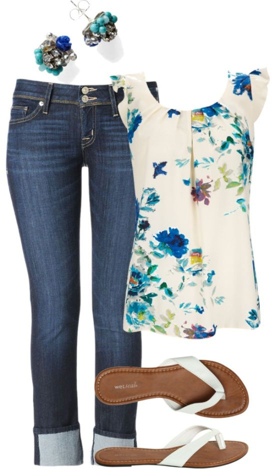 Casual outfit. Pretty flowered top: