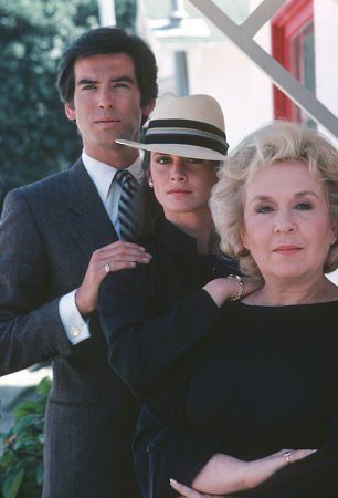 Cute, witty, detective show: Remington Steele   Pictures & Photos from Remington Steele - IMDb: