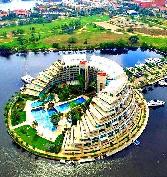 Isla Paraiso Yatch Club Puerto La Cruz Venezuela Puerto La Cruz Breathtaking Places Paraiso
