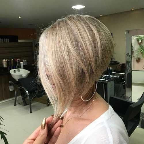 Simple Short Hairstyles For Pretty Women The Undercut Shortbobblackhairstyles Hair Styles Thick Hair Styles Easy Hairstyles