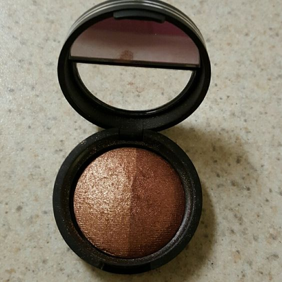 Laura Geller Candied Bronze shadow duo Barely used. Gorgeous colors. Laura Geller  Other