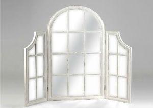 ce miroir se pose sur une commode meuble de charme amadeus il est compos de trois volets. Black Bedroom Furniture Sets. Home Design Ideas