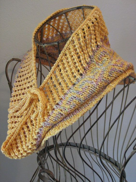 Dk Cowl Knitting Patterns : Fretted Band Cowl: knit with roughly 200 yards of dk weight yarn and size 6 n...