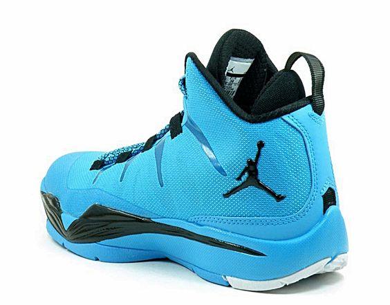 Zapatillas Jordan Superfly 2 GS de Baloncesto para chic@s, tallas menores a 40 www.basketspirit.com/Zapatillas-Baloncesto/femenino-chicas-basket