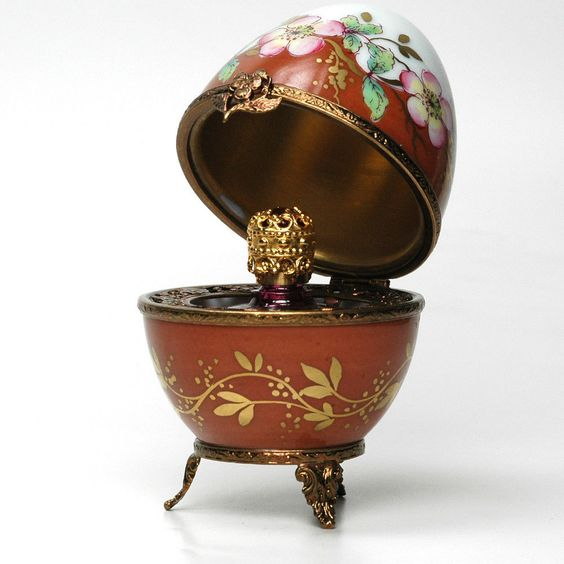 Limoges French Porcelain Egg THE BROWN FLOWERY EGG  50