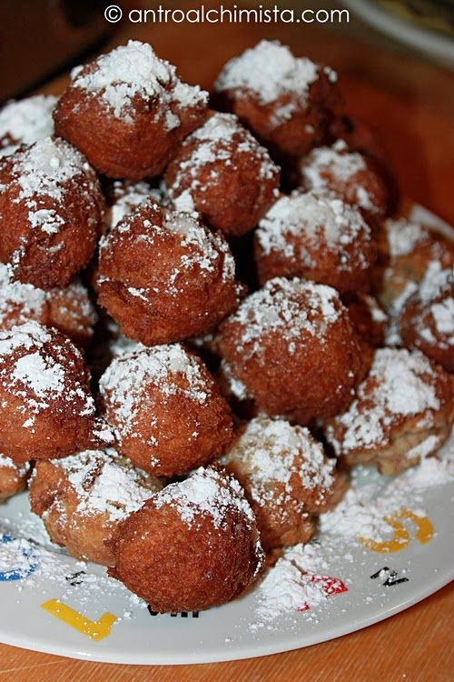 Frittelle di Ricotta con Farina Integrale e Cacao - Carnival Fritters with Wholemeal Flour and Cocoa