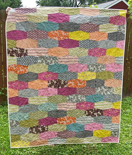 denyse schmidt hope valley tumbler quilt reminds me of old Heath ceramic tiles from the 60s
