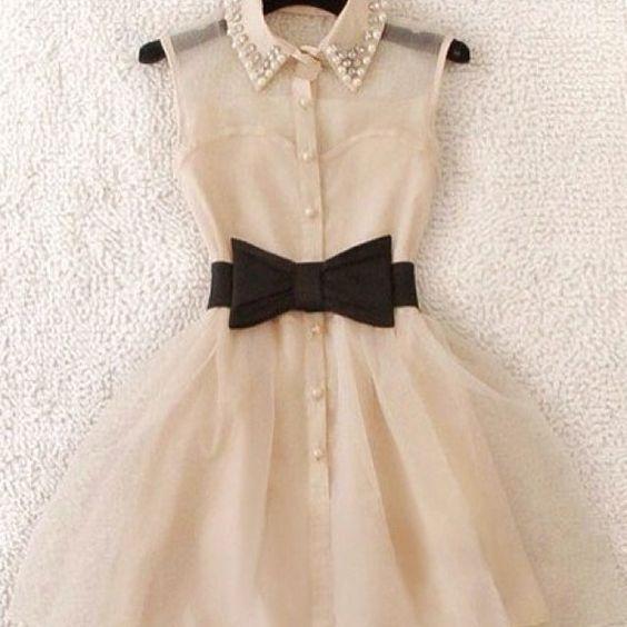 Photopoll: Best dress?