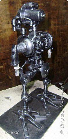 Поделка изделие Моделирование конструирование Робот Металл фото 2