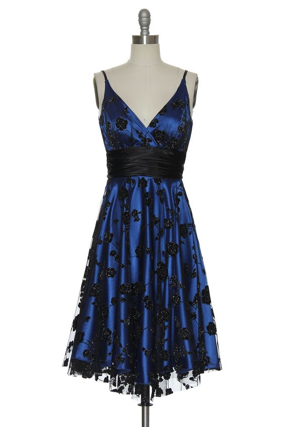 Gothic Roses Dress in Blue | Vintage, Retro, Indie Style Dresses