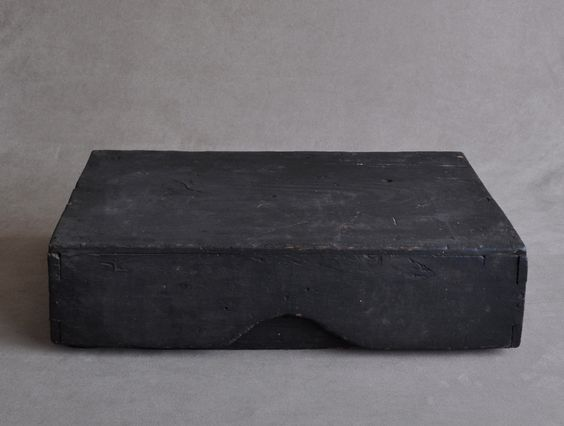 Japanese wooden box Edo period 18-19c