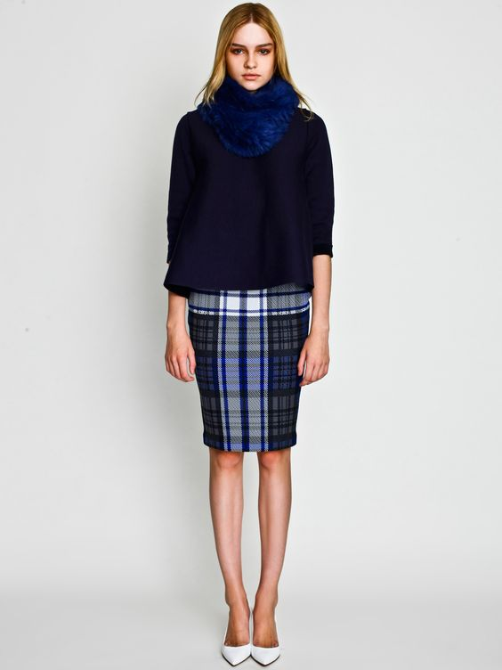 Rabbit Snood with Flar top and Check Skirt / LE CIEL BLEU