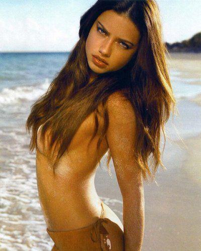 ücretsiz çıplak Adriana Lima fotoğraf