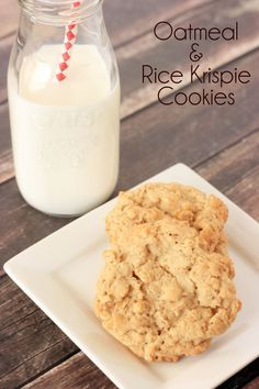 Oatmeal Cookies with a crunch! This oatmeal & rice krispie cookies recipe is my new favorite recipe. A must try recipe.