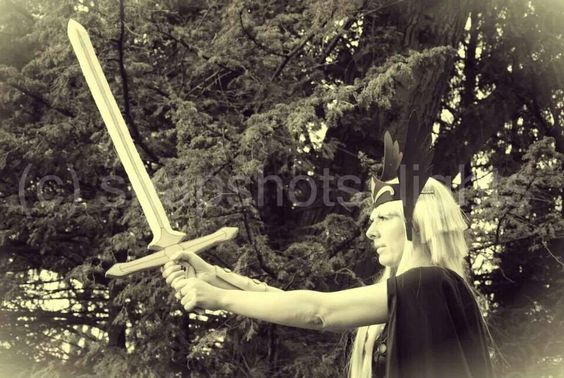 Hilda de polaris#asgard# saint seiya