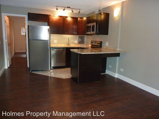 510 14th St Apt 101 Knoxville Tn 37916 Zillow Knoxville Zillow Kitchen Cabinets