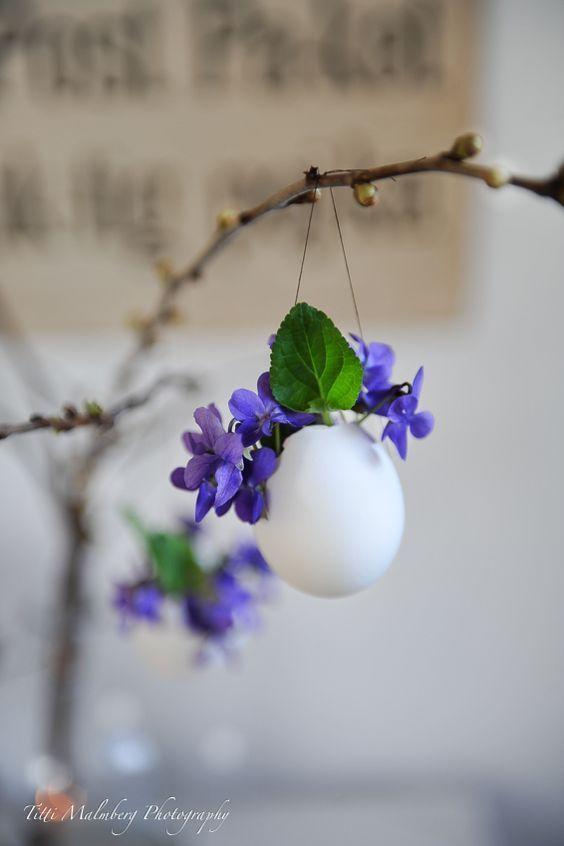 HomelySmart | 13 Egg Themed Decor To Try This Easter - HomelySmart
