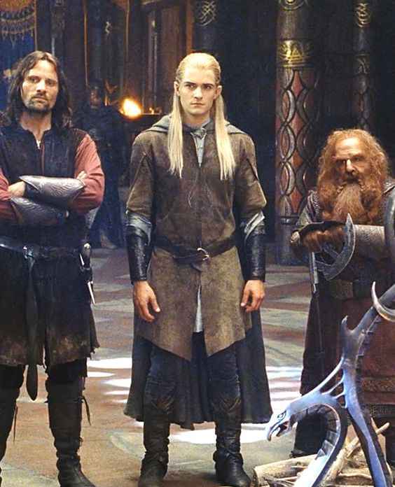 Aragorn, Legolas, Gimli [this is a great shot to showcase some costumeage]