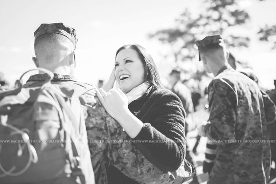 military homecoming photographer jacksonville nc camp lejeune nc rachel smith photography