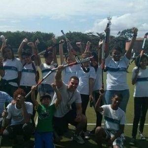 Futebol é fácil. Rio 16 ensina professores para levar até esgrima à escola