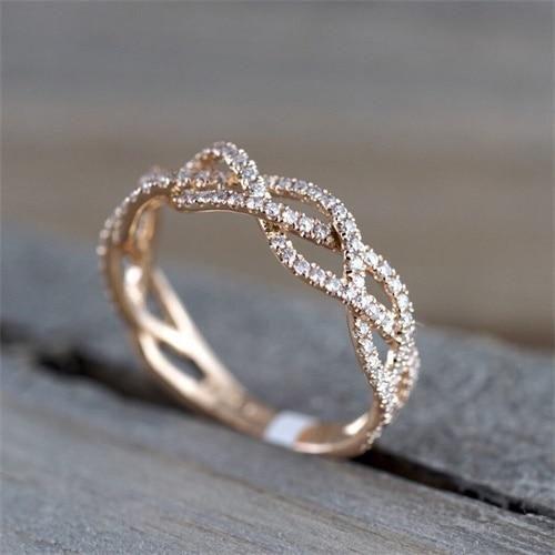 Luxurious Women's Rings – Few Shades | Rose engagement ring, Women rings,  Unique engagement rings