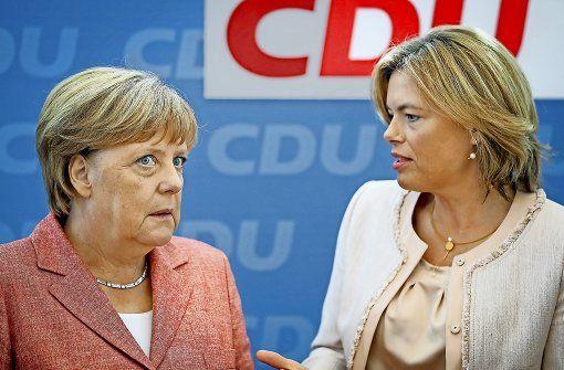 Gesprächsbedarf: CDU-Vize Julia Klöckner (rechts) fordert ein Burka-Verbot…