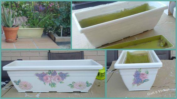 Reciclando una jardinera de plástico con un poco de pintura y decoupage....lucirá como nueva y con mucho estilo :-)