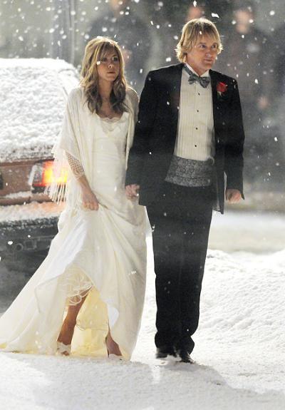tenues prestataires et organisation ce que change un mariage dhiver her hair jennifer aniston and bangs - Jennifer Aniston Mariage