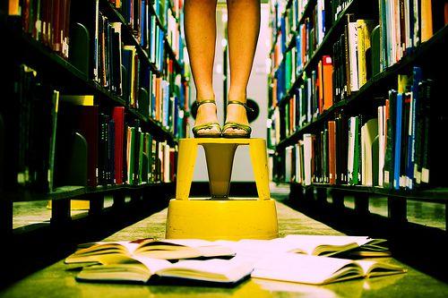 """30 Books I'm Glad I Read Before 30""  looks like a goooood list"