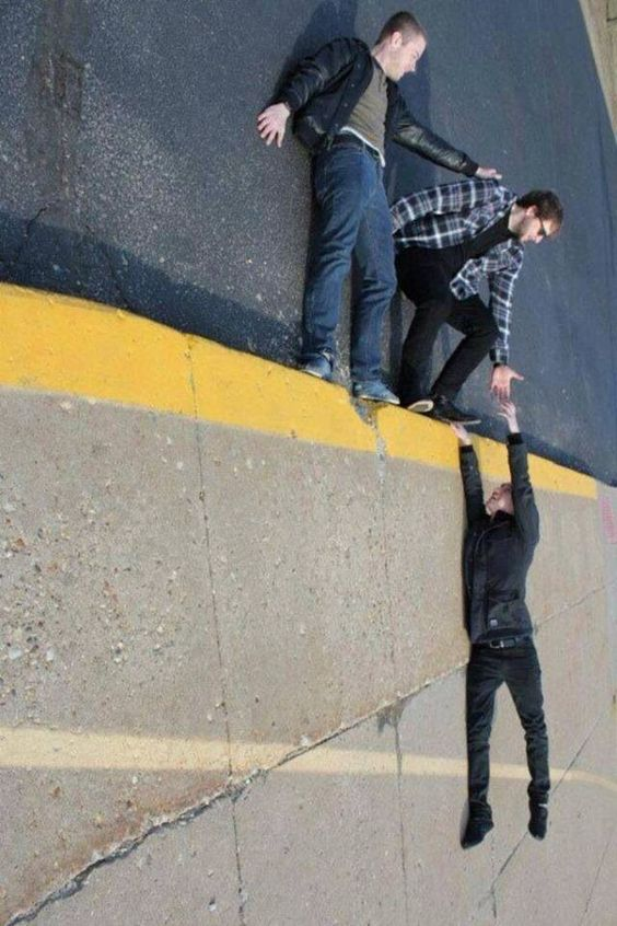Great optical illusion!  See more: http://www.interestingenginering.com: