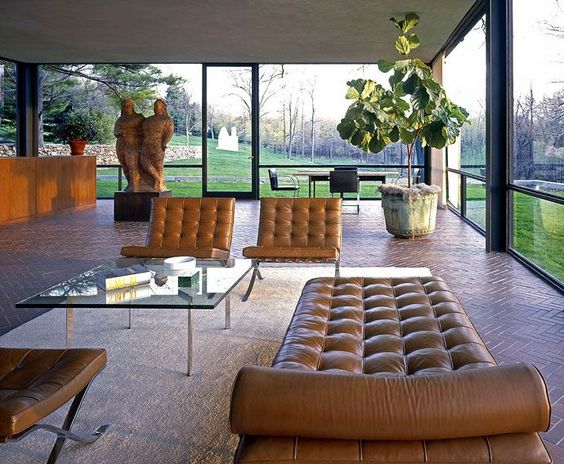 The First Most Brilliant Works of Modern Architecture the Glass House by Philip Johnson DesignRulz.com
