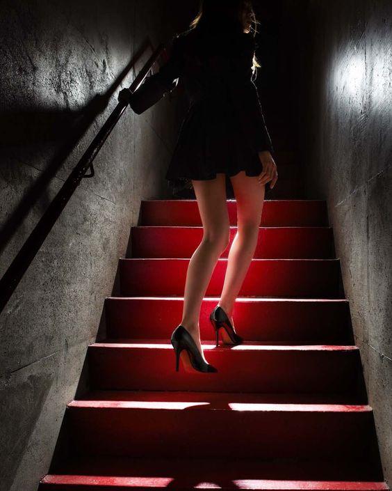 Girl On The Red Steps © David Drebin
