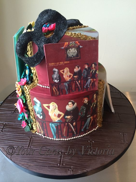 panic at the disco birthday cakes