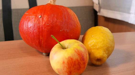 Making of: Kotelett mit Kürbis-Apfel-Püree #LMC #LetMeCook #tri-ergon #LMCCaravaning #LMCCamping #Kürbis #Wohnwagen #Reisemobile #Apfel #Fleisch #Herbst