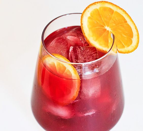 Summer Sangria: Mixology Mixed Drinks, Appetit Dla Zdrowia, Foods Drinkssummer, Curacao Wishfulchef, Fun Drinks, Drink Recipes, Drinkssummer Sangria, Food Drinks