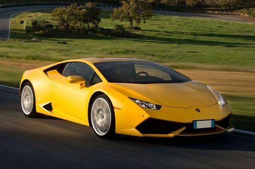 Location Lamborghini en France et en Suisse