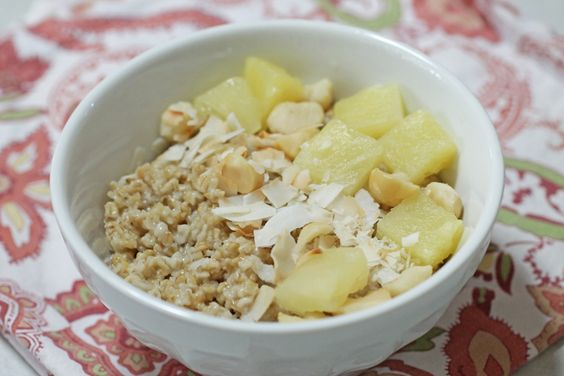 The Hang Loose: Turn your bowl of oats tropical by adding coconut flakes, pineapple chunks and chopped macadamia nuts. #BRMOatmeal